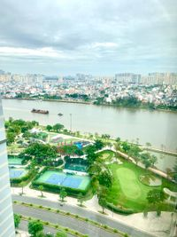 Vinhomes Central Park Apartment 2 Bedrooms for Sale - Immediate Move In