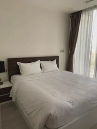 Vinhomes Golden River Apartment Apartment 2 Bedrooms - Fully Furnished & Dazzling