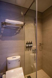 Ly Tu Trong Service Apartment Apartment Apartment 1 Bedroom - Fully Furnished & Delightful