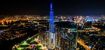 vinhomes-central-park-landmark-81-tower-apartment-hoozing.jpg