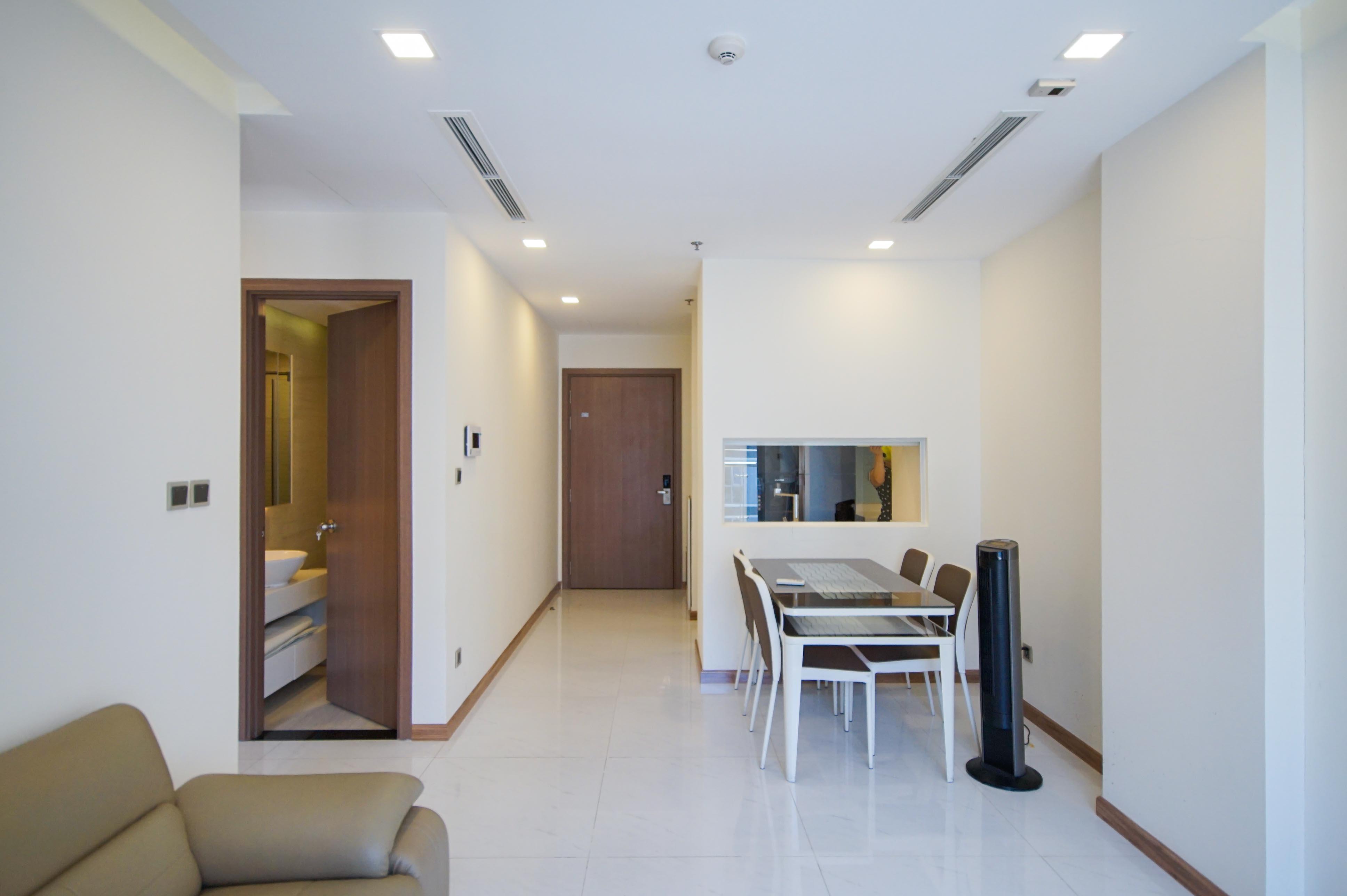 Cho Thuê Căn hộ 2 PN Vinhomes Central Park - Phòng Ngủ Đón Nắng -5