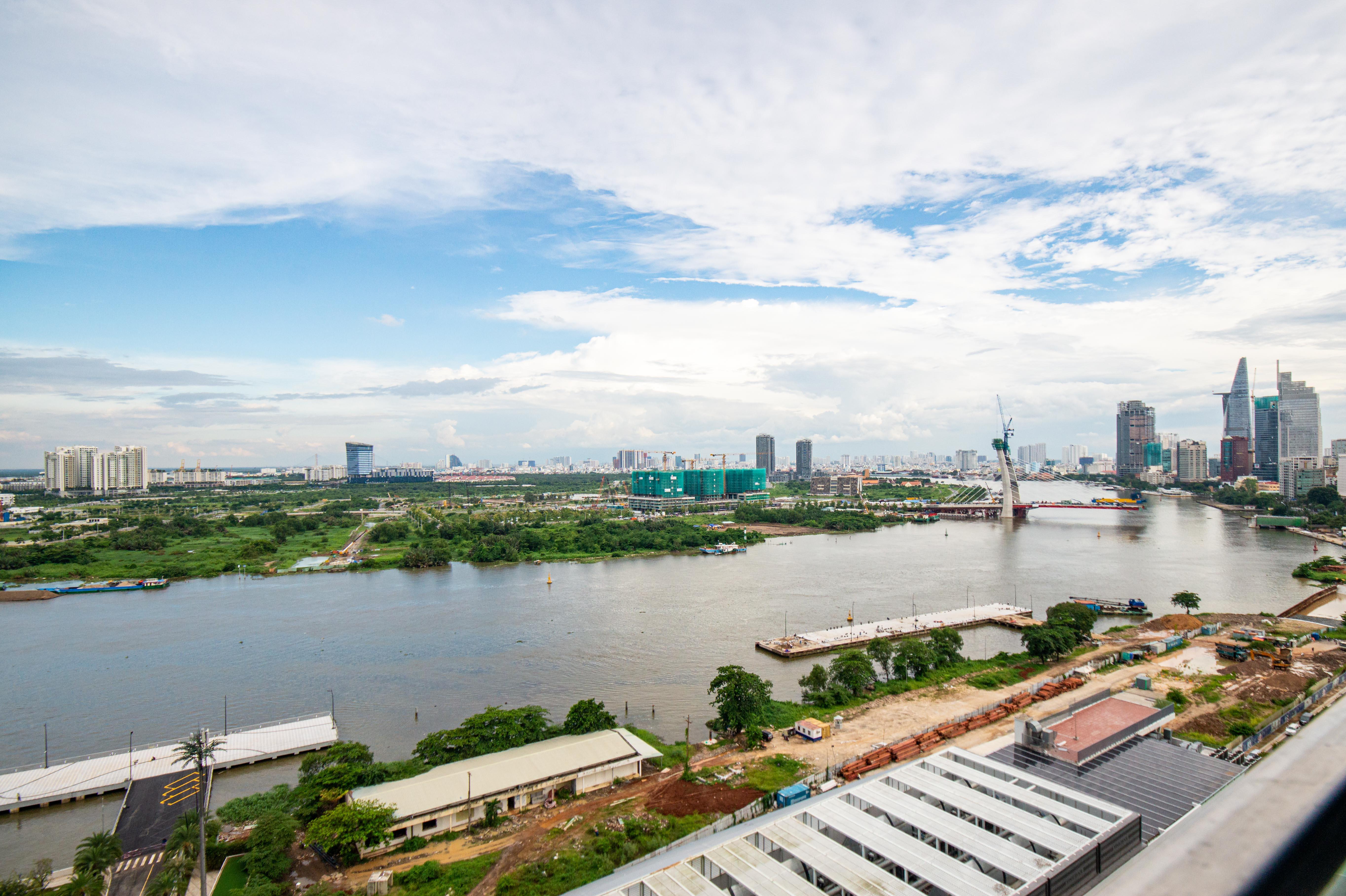 Cho Thuê Căn hộ 3 PN Vinhomes Golden River - Đầy Đủ Nội Thất & Hấp Dẫn -9