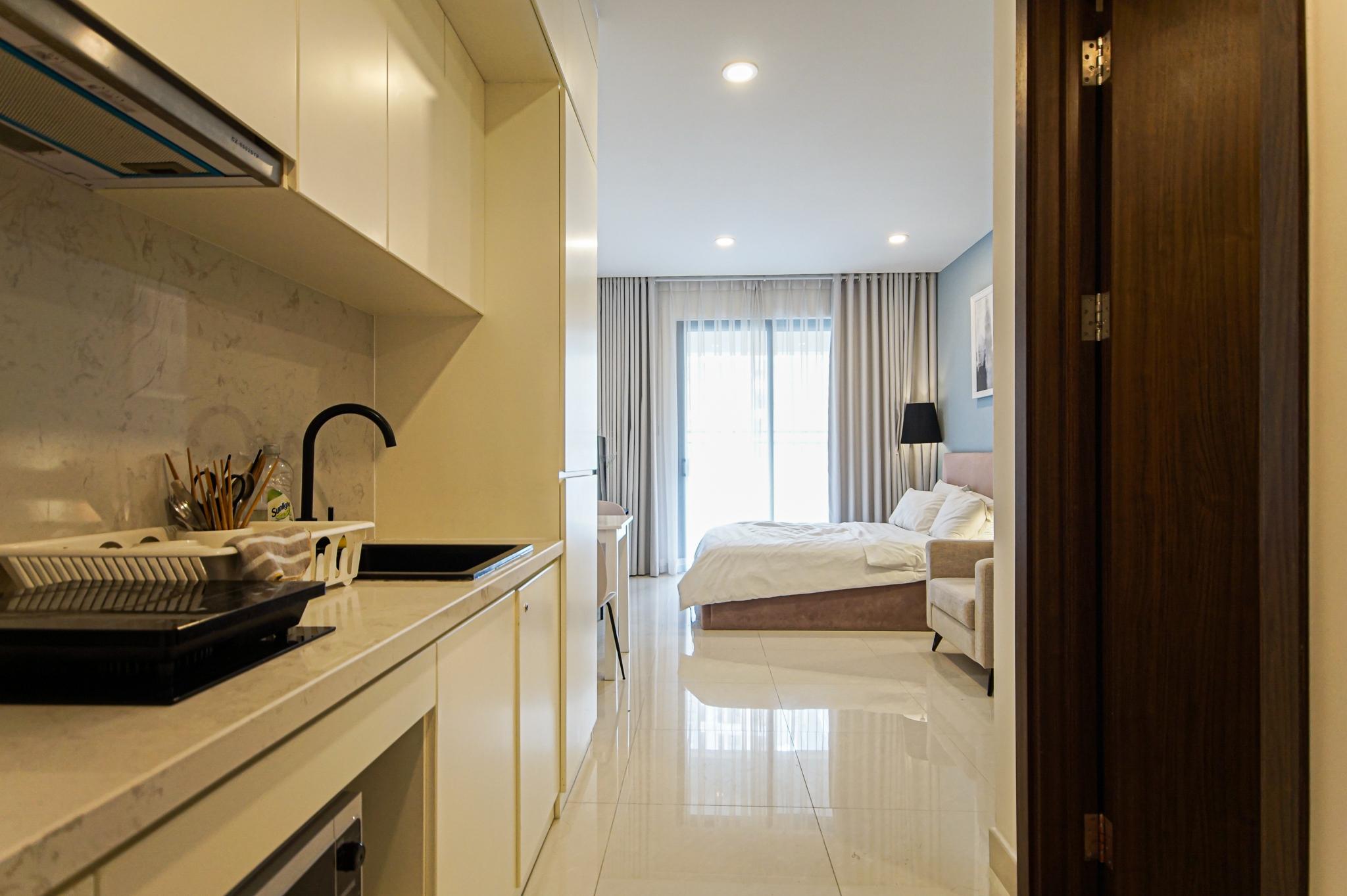 Cho Thuê Căn hộ Office-te 1 PN Saigon Royal Residence - Đầy Đủ Nội Thất & Nghệ Thuật -1