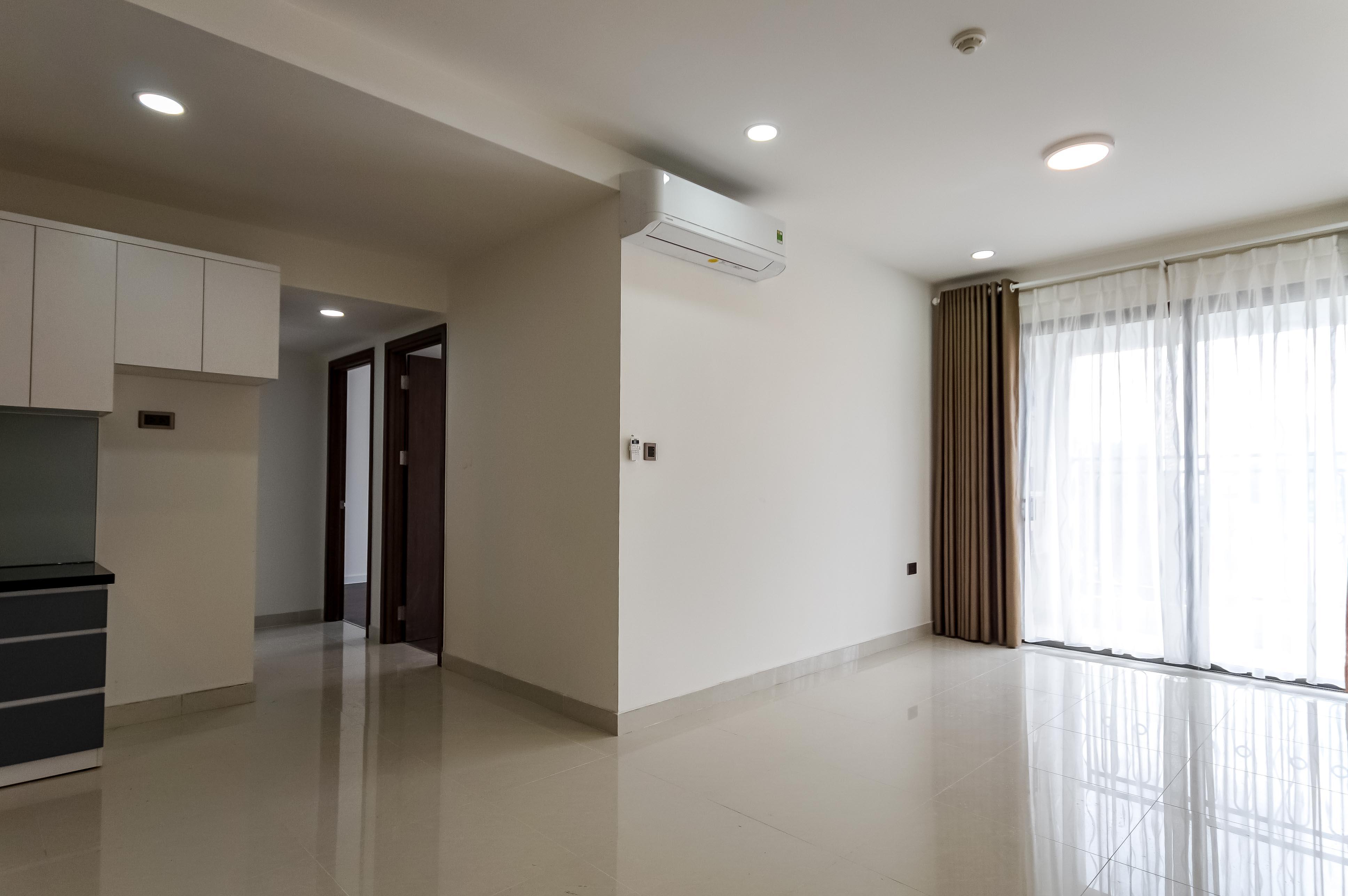 Căn hộ 2 PN Saigon Royal Residence - Không Nội Thất & Tràn Ngập Ánh Sáng-0