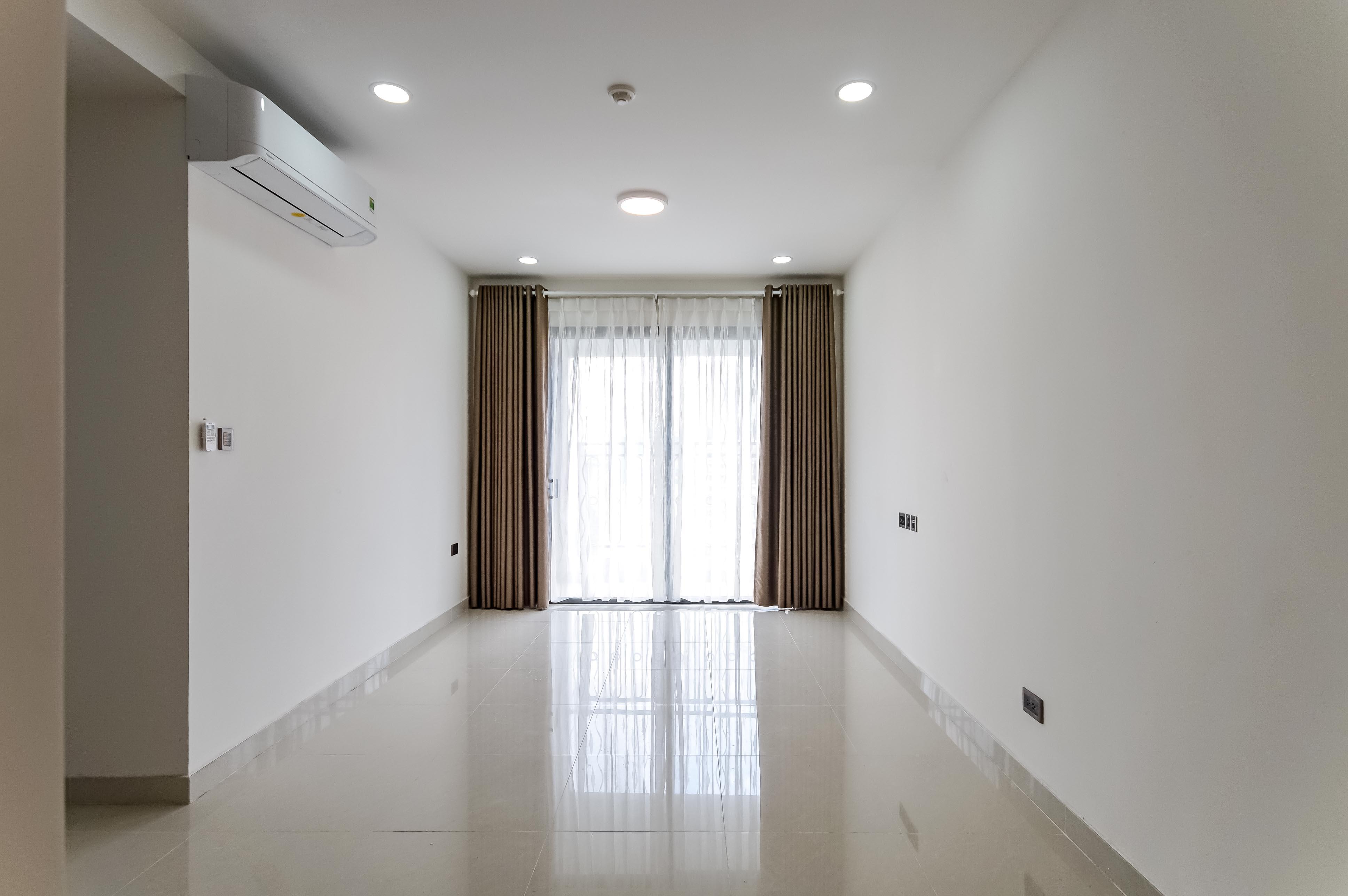Căn hộ 2 PN Saigon Royal Residence - Không Nội Thất & Tràn Ngập Ánh Sáng-1