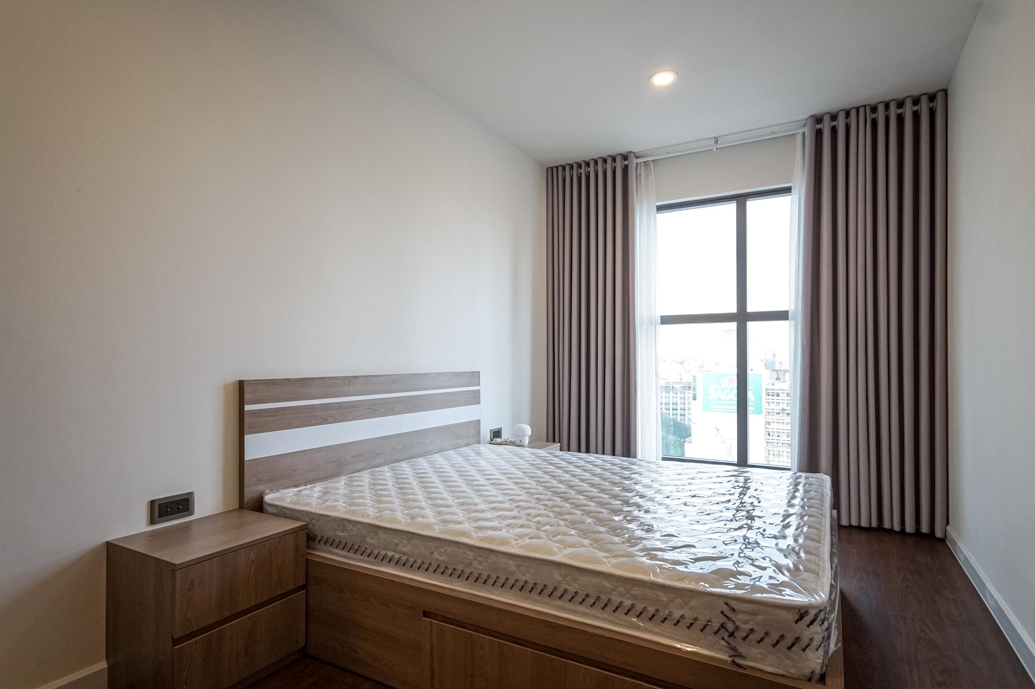 Căn hộ 2 PN Saigon Royal Residence - Đầy Đủ Nội Thất & Thanh Lịch-10
