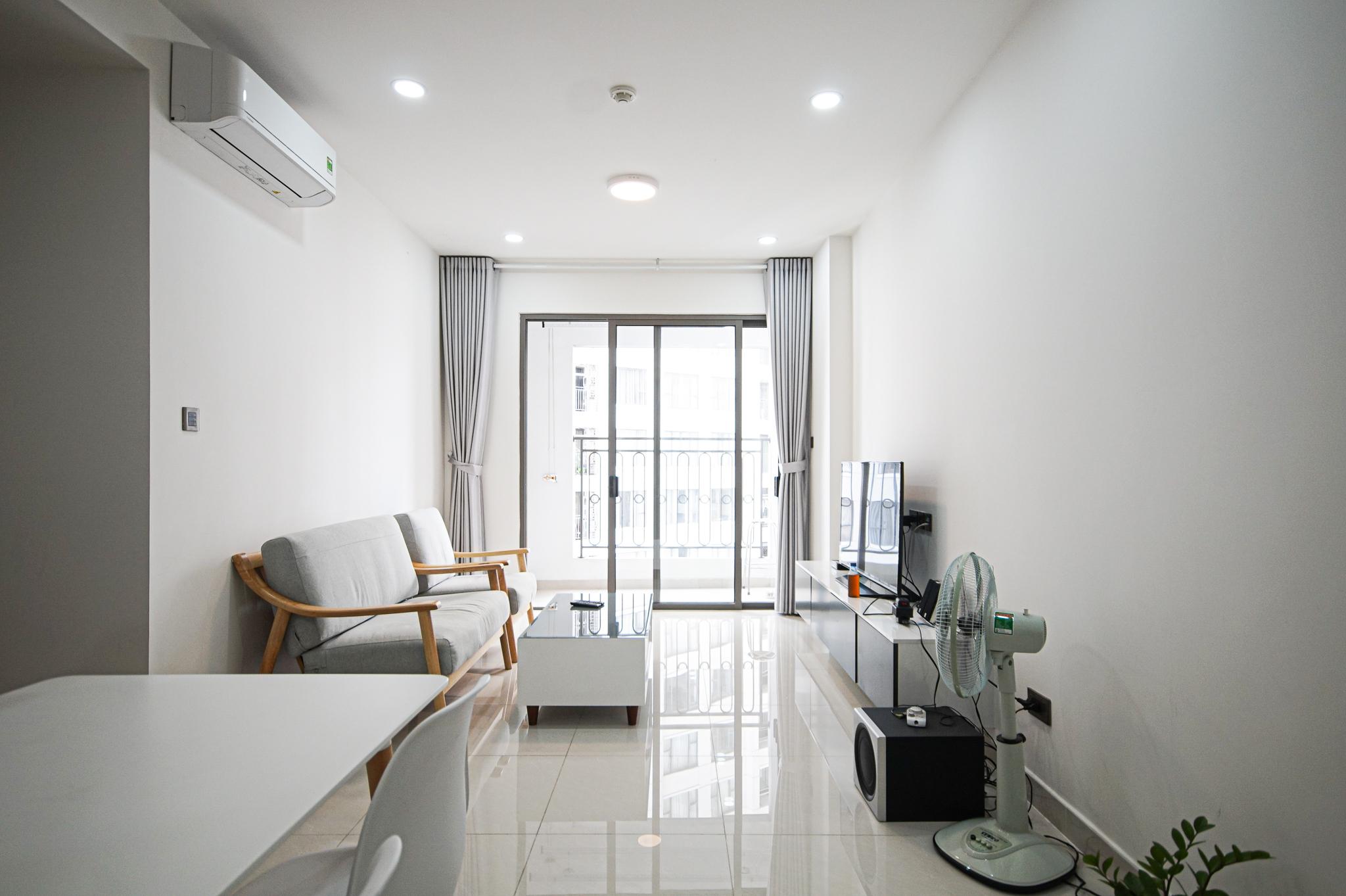 Cho Thuê Căn hộ 2 PN Saigon Royal Residence - Đầy Đủ Nội Thất & Thoáng Mát-0