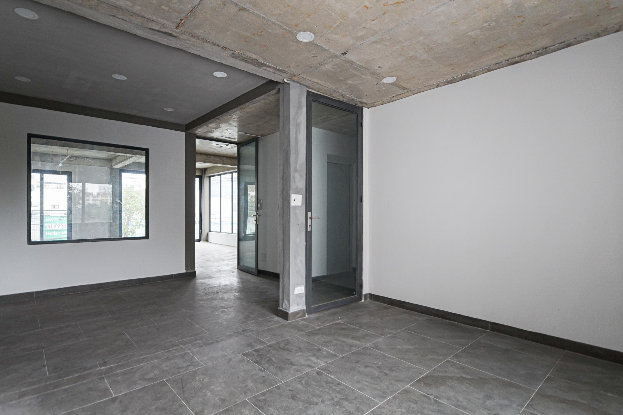 Cho Thuê Văn Phòng Le Van Luong Office Building - Đầy Đủ Nội Thất & Tươi Sáng-2