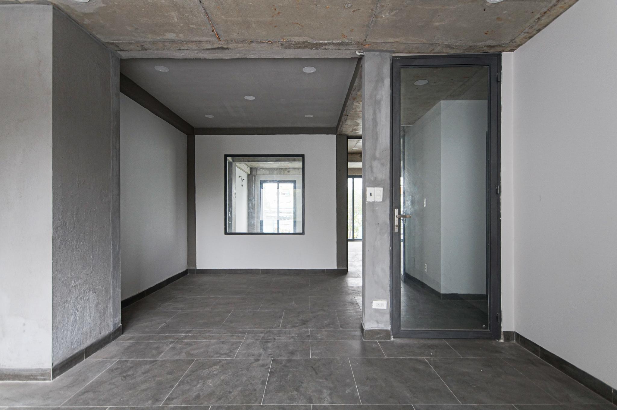 Cho Thuê Văn Phòng Le Van Luong Office Building - Đầy Đủ Nội Thất & Tươi Sáng-0