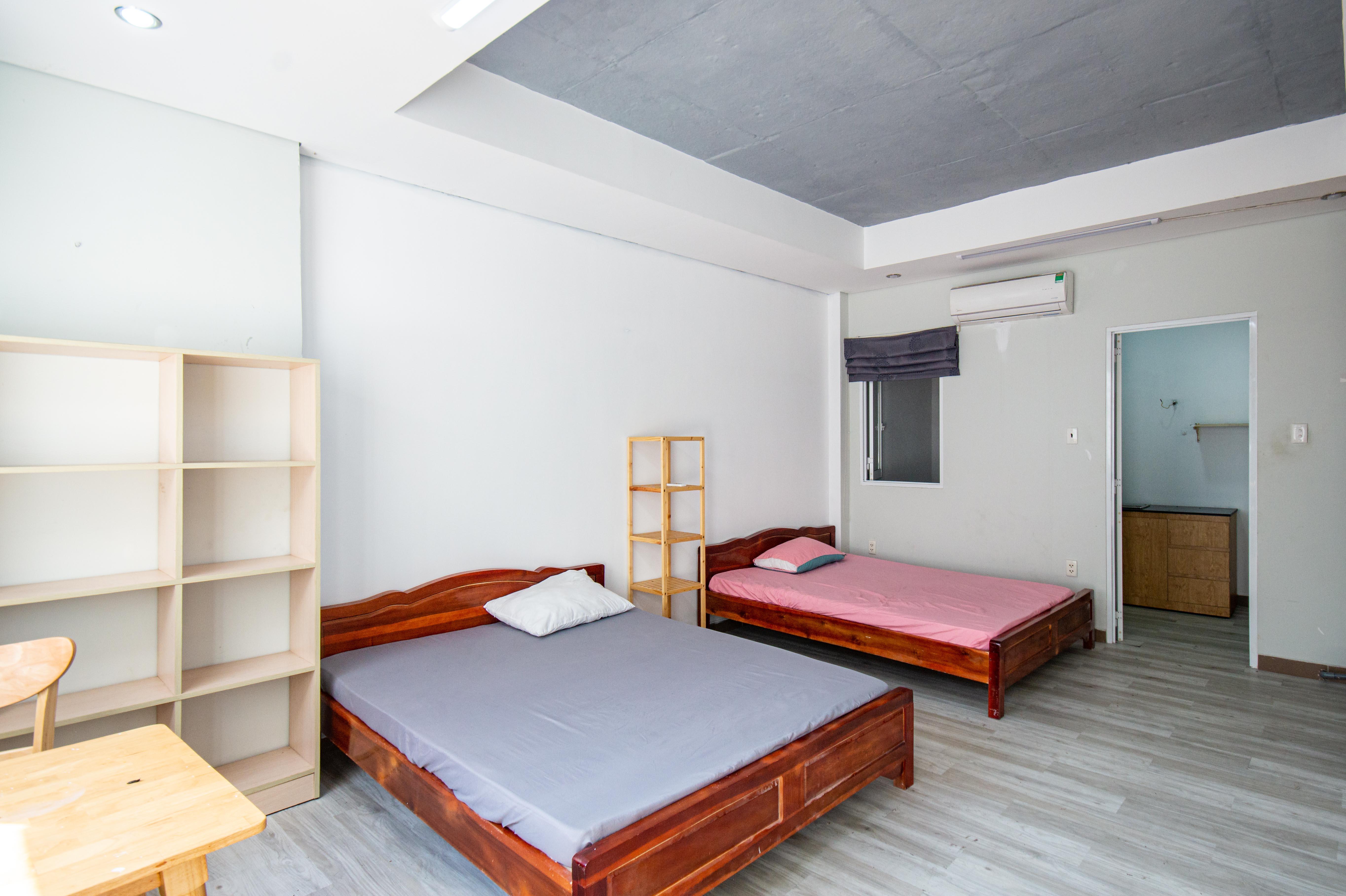Cho Thuê Căn hộ 1 PN Lê Văn Sỹ Apartment - Nội Thất Trag Nhã -0