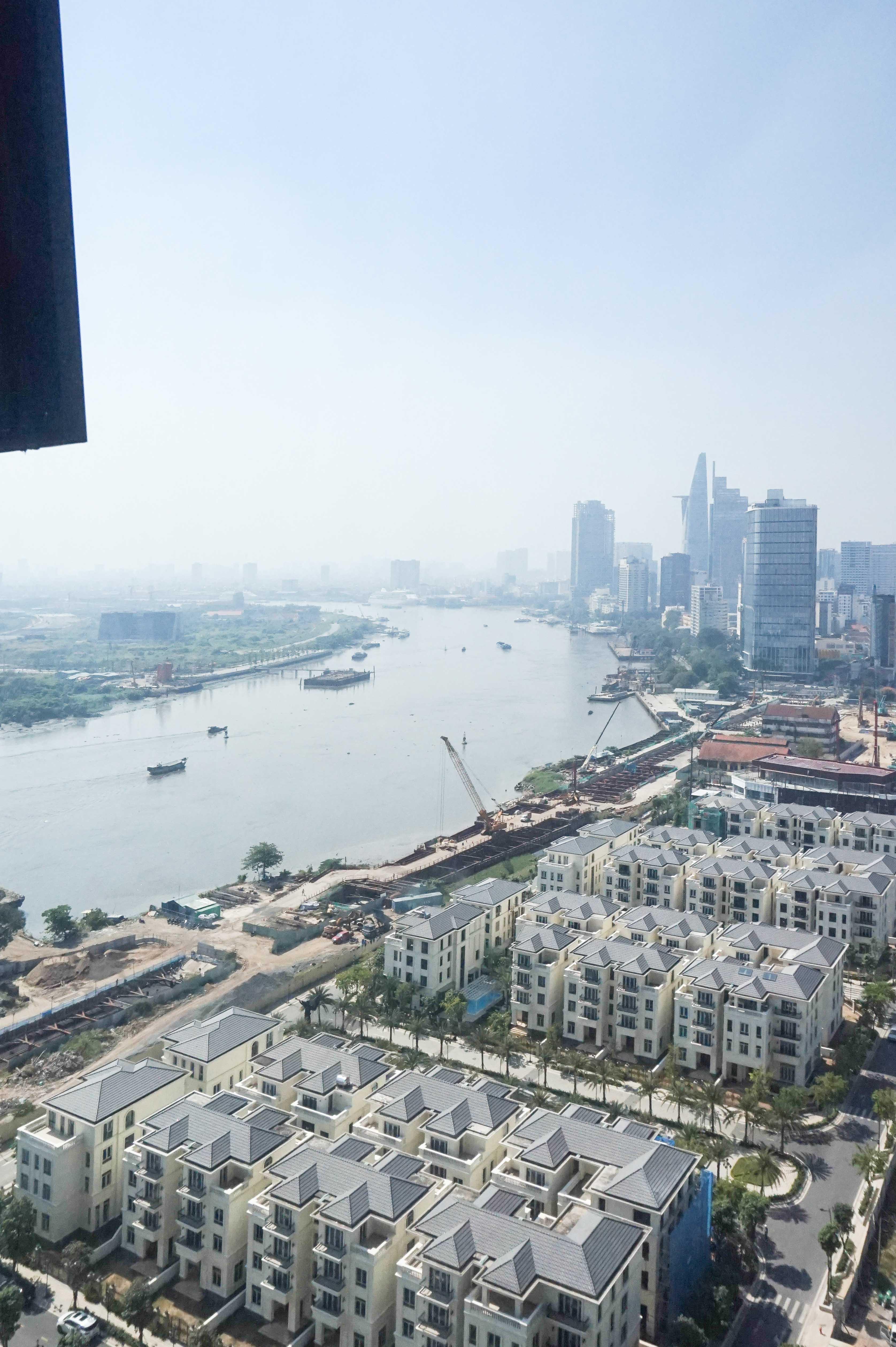 Cho Thuê Office-tel 2 PN Vinhomes Golden River - Đầy Đủ Nội Thất & Tràn Ngập Ánh Sáng-16