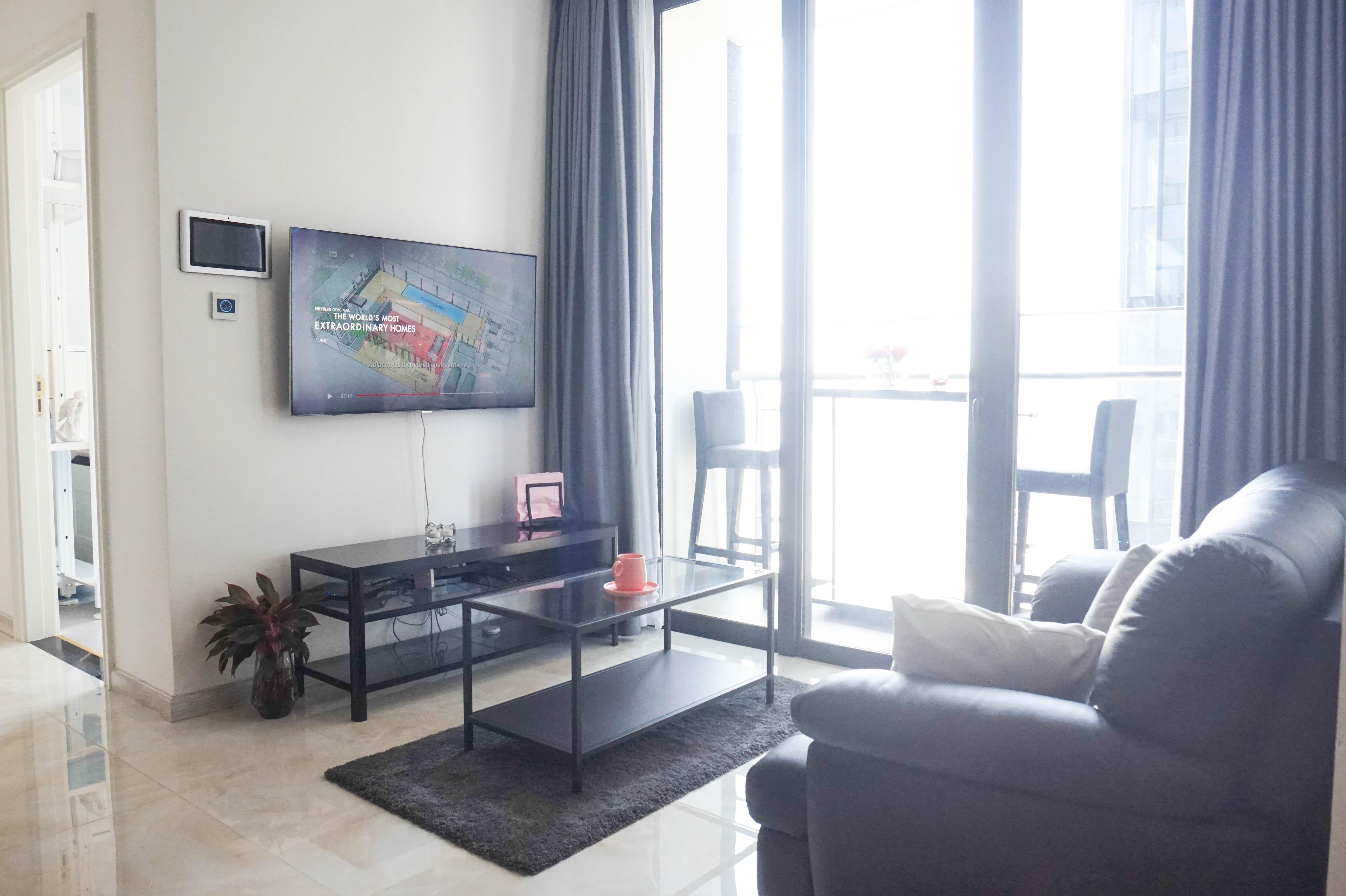 Cho Thuê Office-tel 2 PN Vinhomes Golden River - Đầy Đủ Nội Thất & Tràn Ngập Ánh Sáng-3