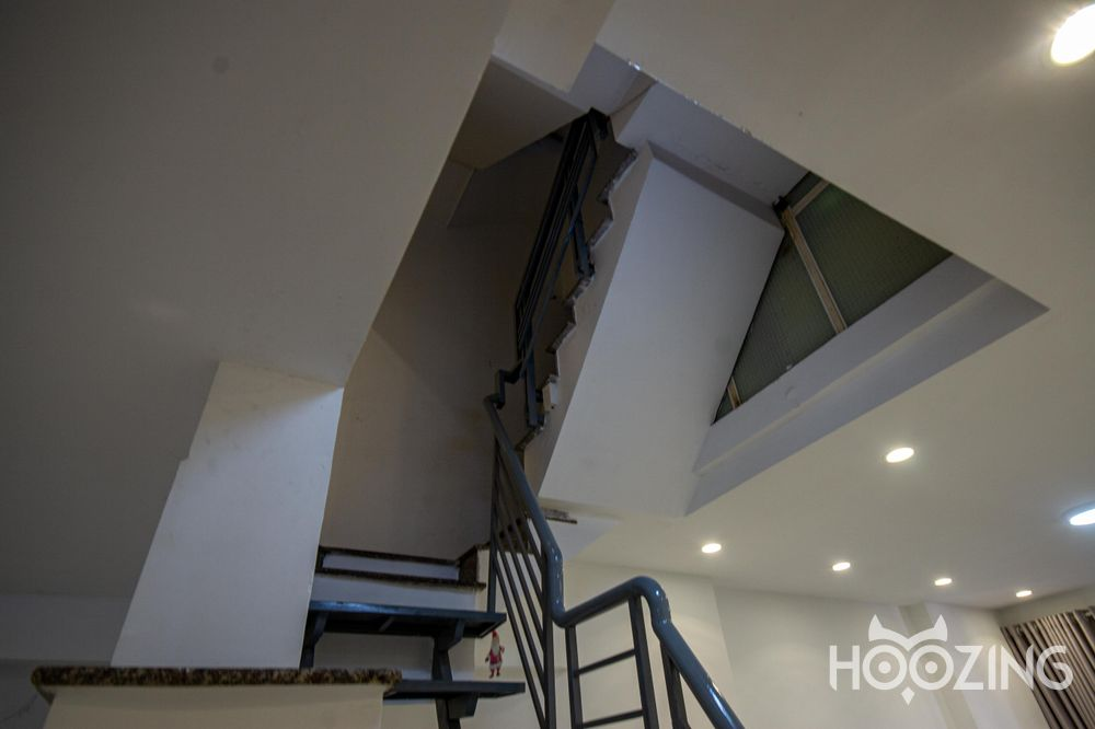 Townhouse For Rent Mac Dinh Chi Street District 2 - In The Heart Of HCMC