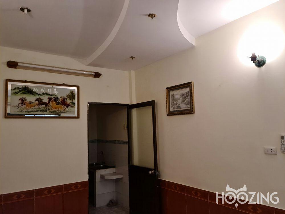 Cho Thuê Nhà Hẻm Xe Hơi Đường Trần Hưng Đạo Quận 1