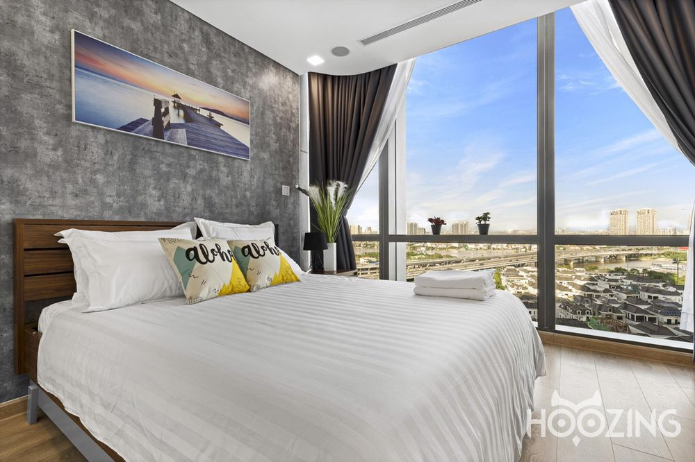Landmark 81  - Vinhomes Central Park Apartment 3 Bedrooms - Fully Furnished & Luxurious