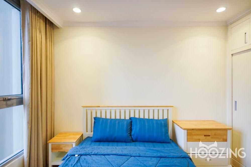 Vinhomes Central Park Apartment 1 Bedroom for Rent - All-Inclusive Management Fee & Internet