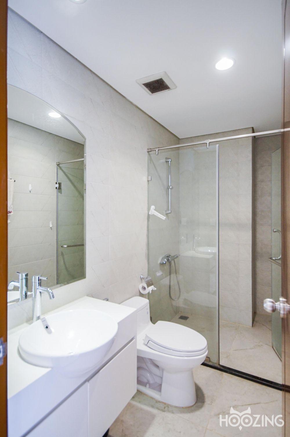 Vinhomes Central Park Office-tel Apartment 1 Bedroom - Basic Furnished & Cozy