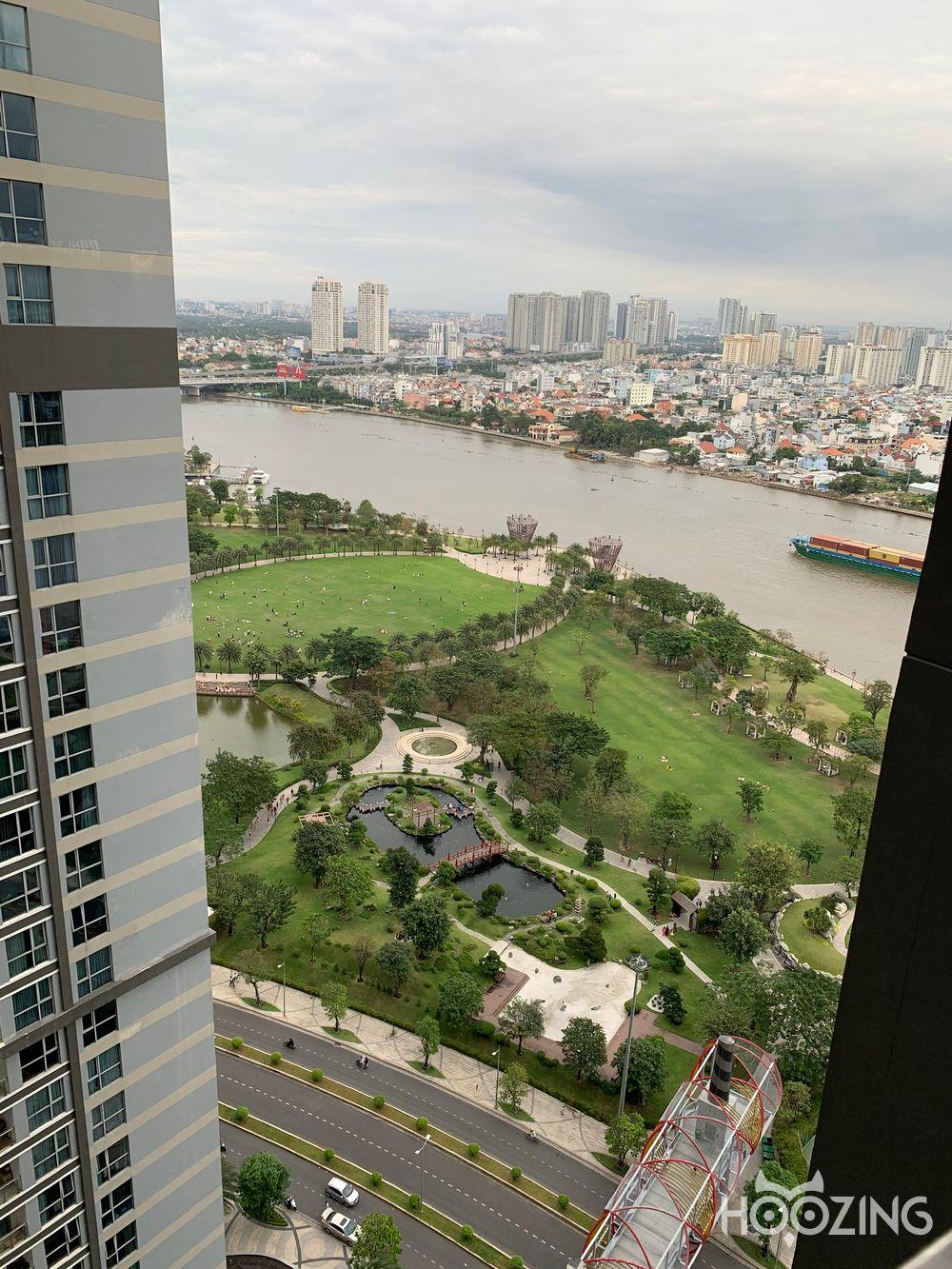 Bán Căn hộ 2 PN Vinhomes Central Park - View Nội Khu Yên Tĩnh
