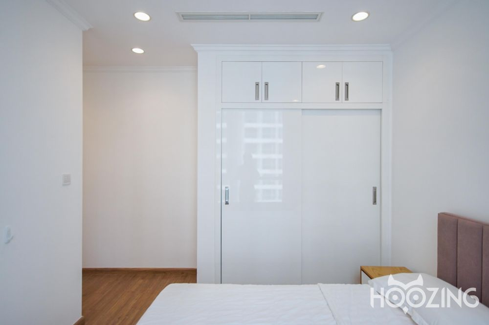Vinhomes Central Park Apartment 3 Bedrooms for Rent - High Floor With River View