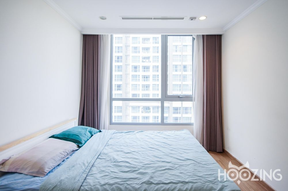 Vinhomes Central Park Apartment 3 Bedrooms - Fully Furnished & Charming