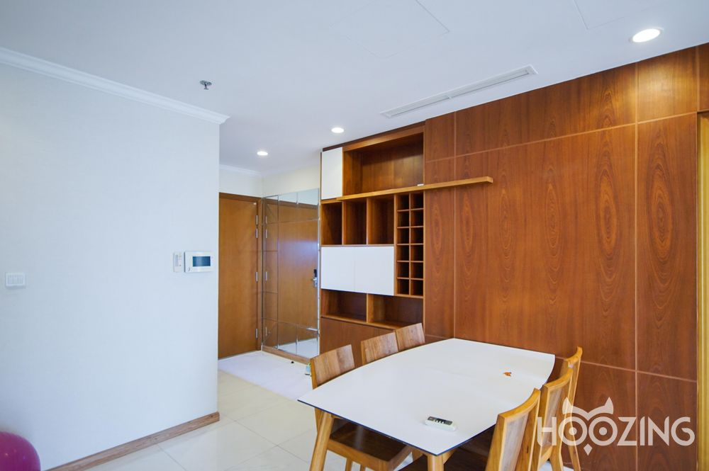 Vinhomes Central Park Apartment 3 Bedrooms - Fully Furnished & Spacious