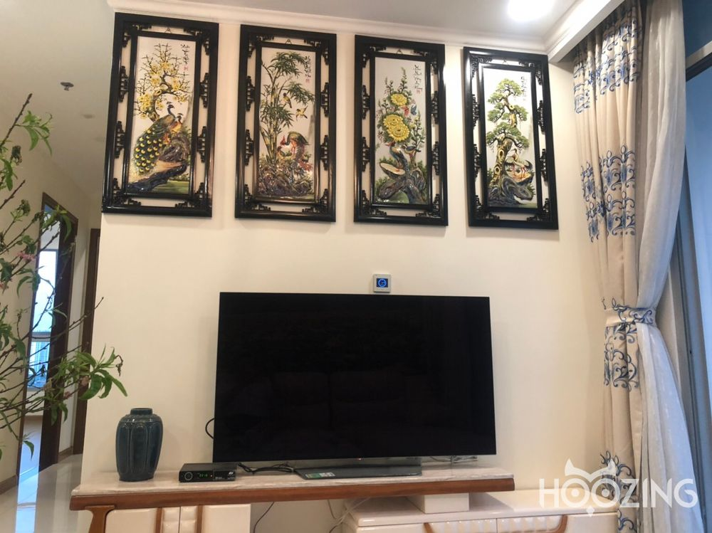 Vinhomes Central Park Apartment 4 Bedrooms for Rent - Fully Furnished & Spacious