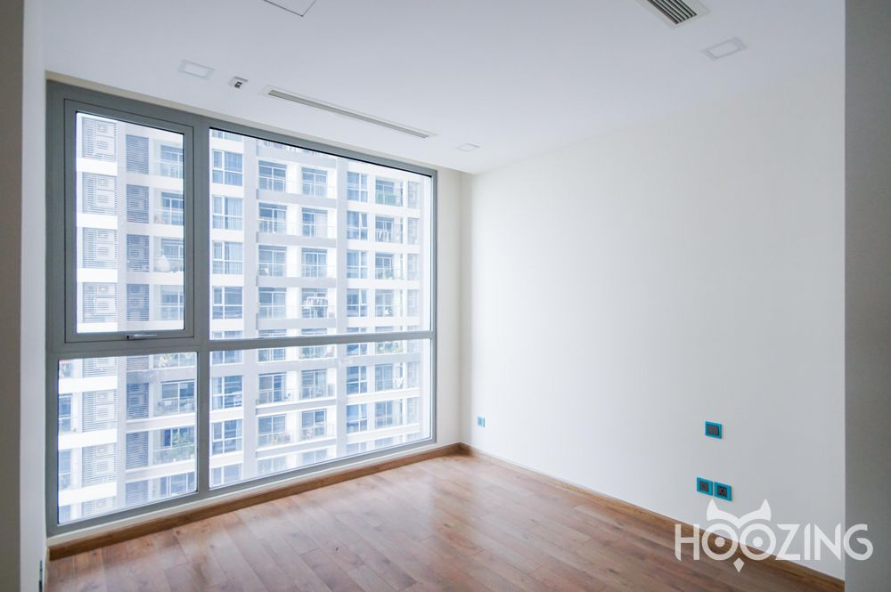 Vinhomes Central Park Apartment 4 Bedrooms for Rent - Spacious Space