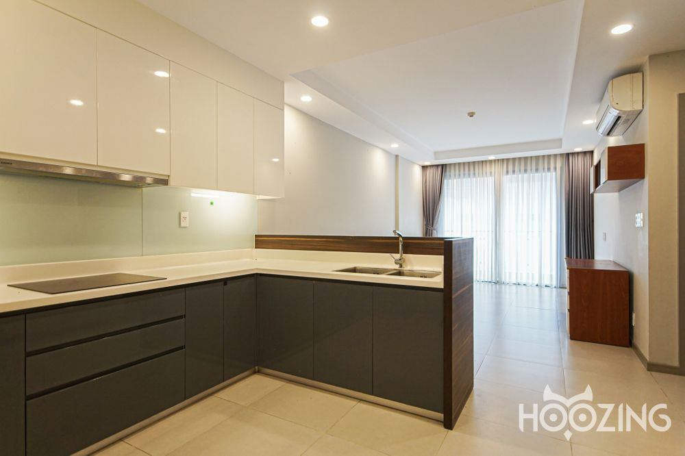 The Goldview Apartment 2 Bedrooms - Basic Furnished & Bright