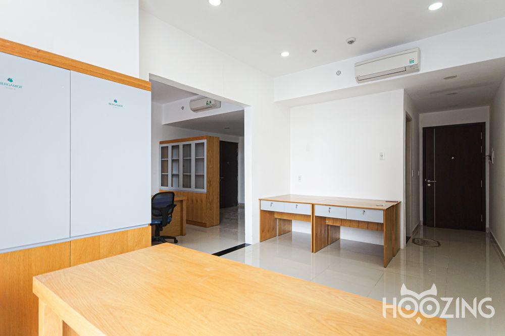 Sunrise City Apartment 1 Bedroom - Basic Furnished & Airy