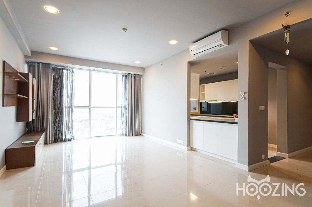 Sunrise City Apartment 3 Bedrooms - Basic Furnished & Generously-Sized