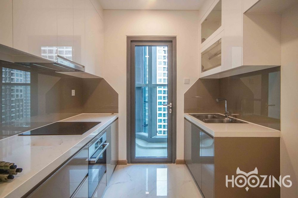 Landmark 81 - Vinhomes Central Park Apartment 2 Bedrooms - Unfurnish & Sun-Filled