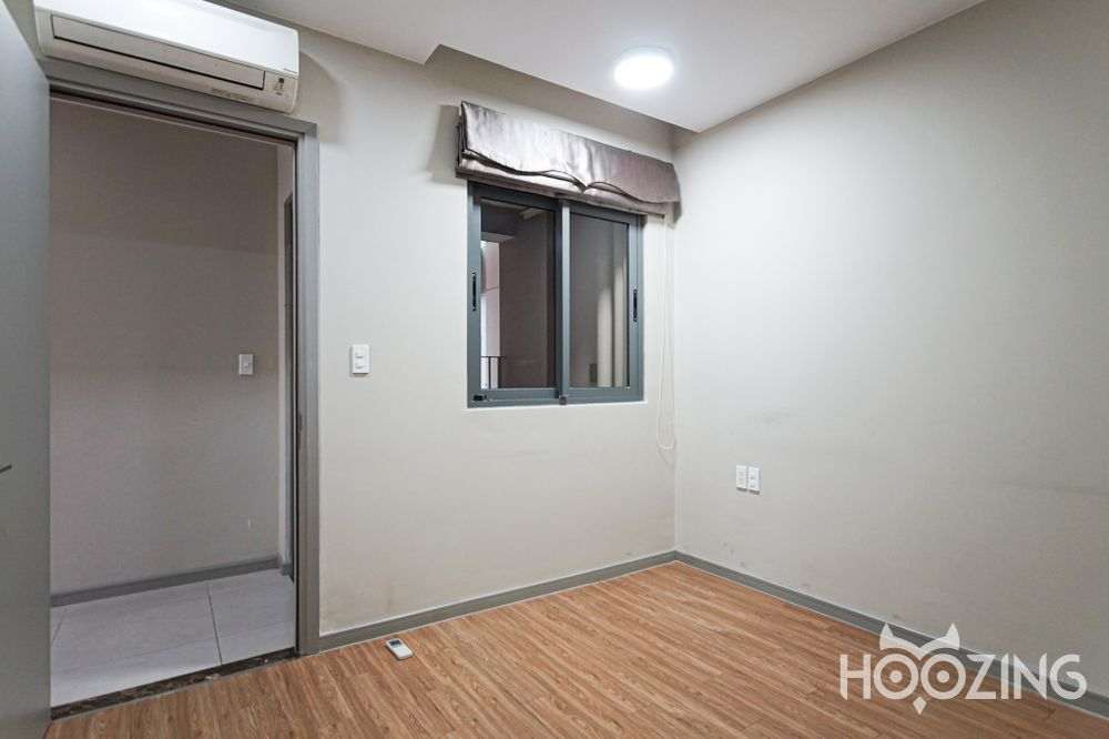 The Goldview Apartment 2 Bedrooms for Rent - Low Floor & Quite Neighborhood View