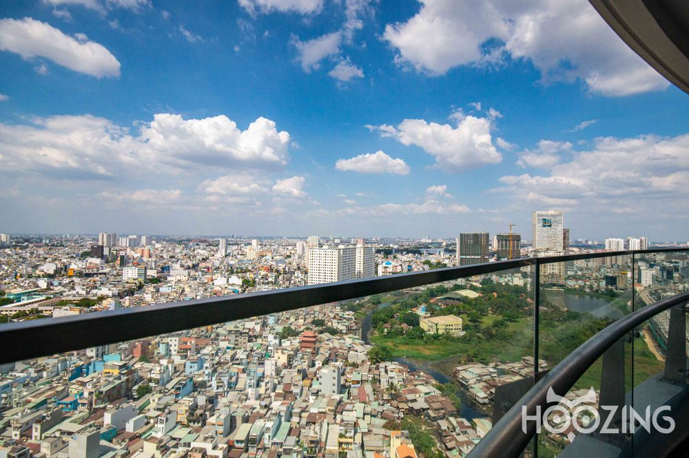 City Garden Apartment 2 Bedrooms - Fully Furnished & Sun-Filled