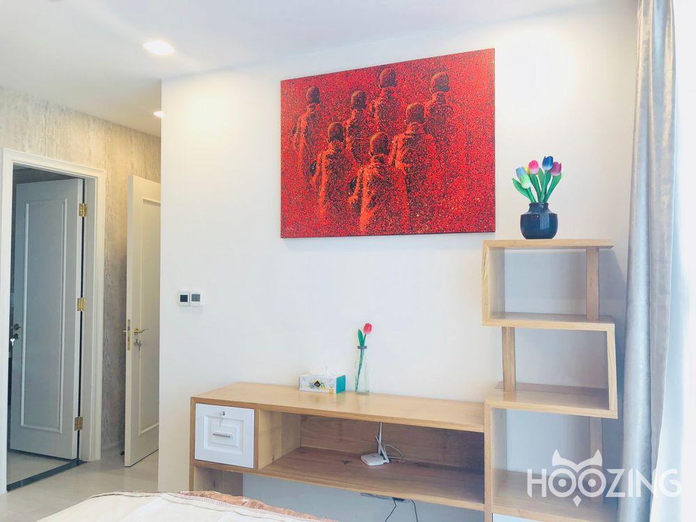 Cho Thuê Office-tel 2 PN Vinhomes Golden River - Nội Thất Á Đông