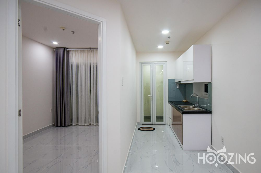 Terra Royal Apartment 2 Bedrooms - Basic Furnished & Sun-Filled