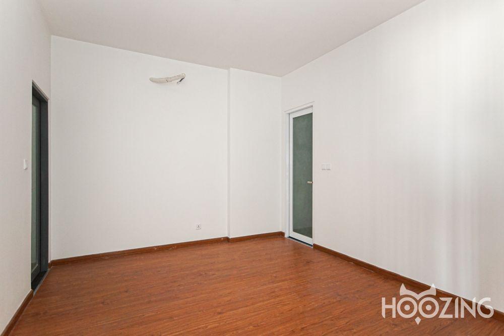 D'Vela Apartment 2 Bedrooms for Rent - Basic Furnished & Sun-Filled