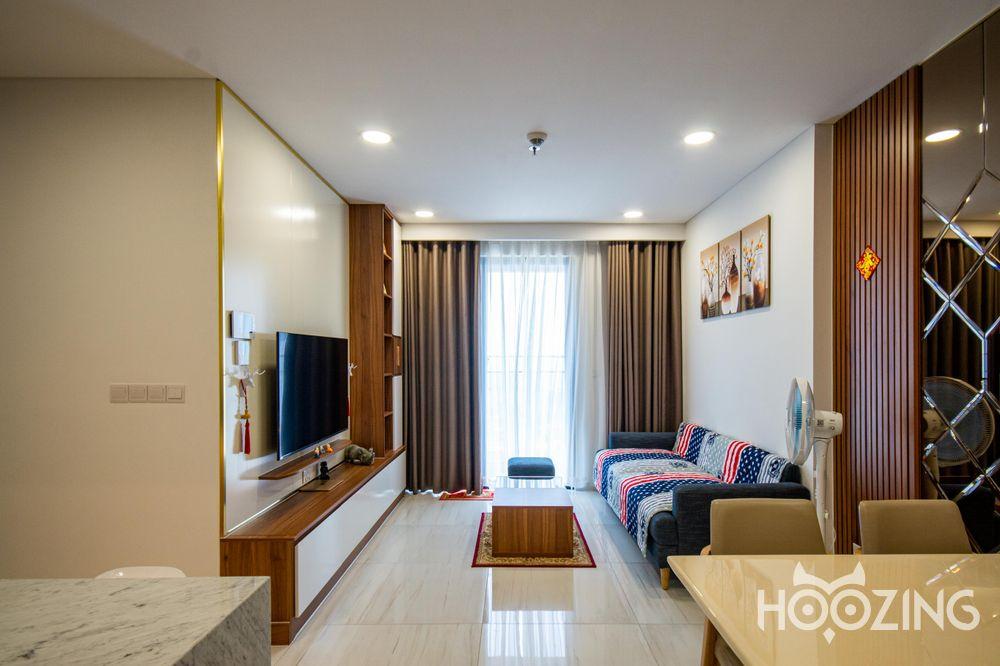 Cho Thuê Căn hộ 2 PN Kingdom 101 - Tầng Cao View Thành Phố