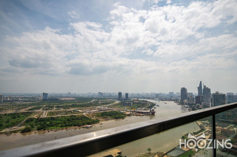 Vinhomes Golden River Apartment 3 Bedrooms - Fully Furnished & Bright